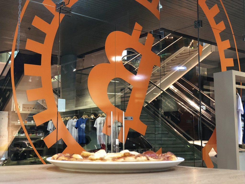 Bitcoin Pizza Day 2018 - The Bitcoin Pizza at the Blockchain Embassy